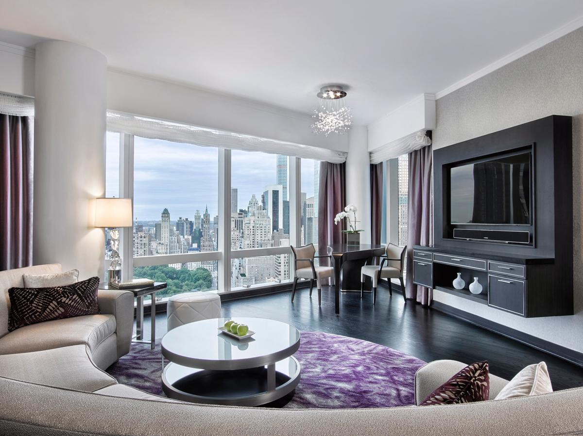 The HOK Designed One And Two Bedroom Suites Feature Panoramic Views Of The New  York City Skyline / HOK