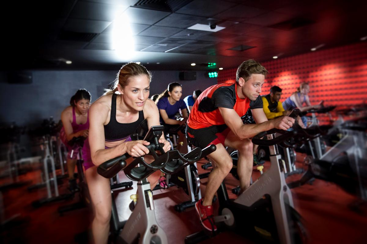 uks private health and fitness clubs industry Such organisations include uk health clubs, health club chains, privately owned  uk gyms and fitness professionals including uk personal trainers.