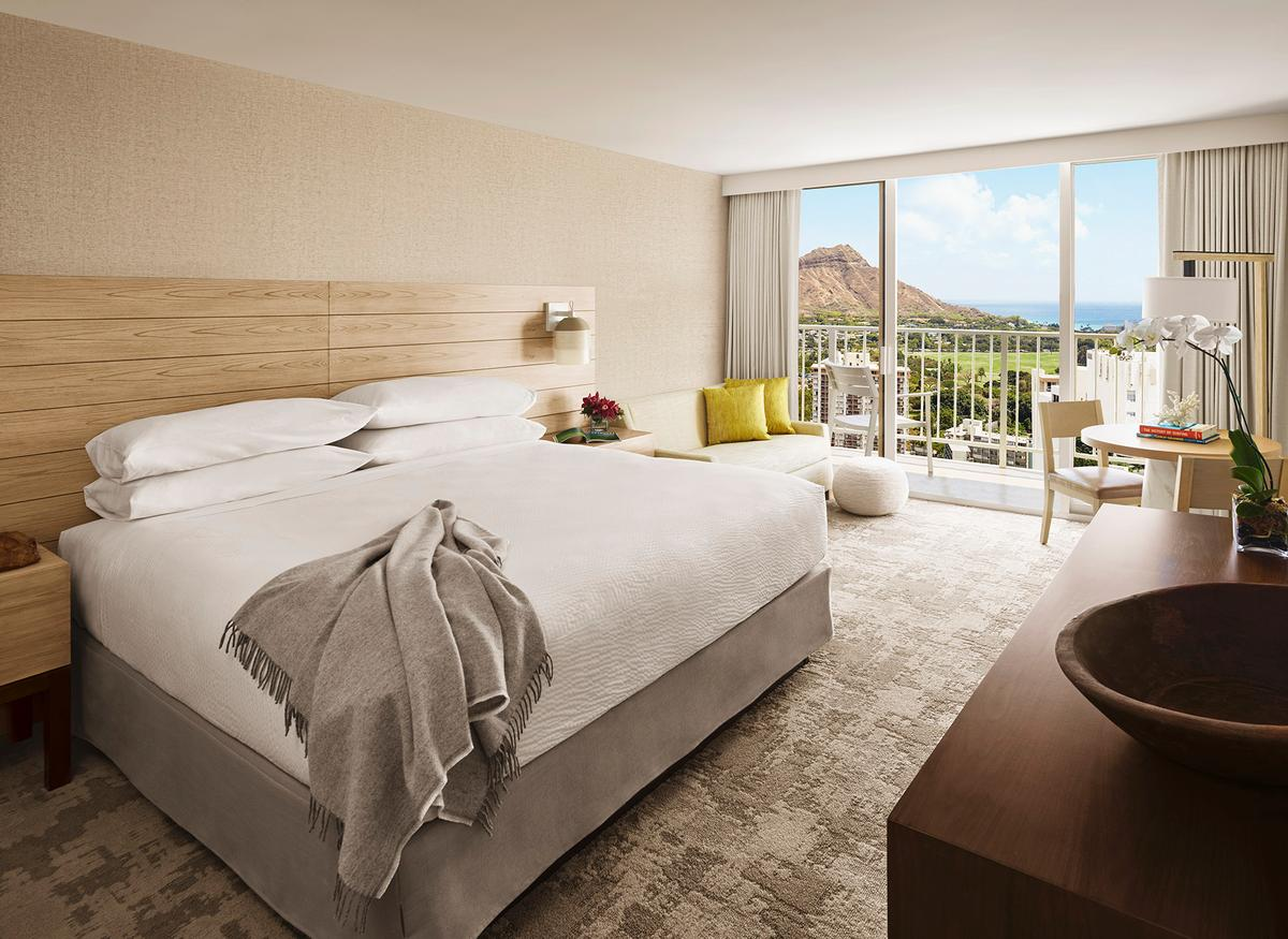 839 guestrooms and suites are being revamped / Rockwell Group