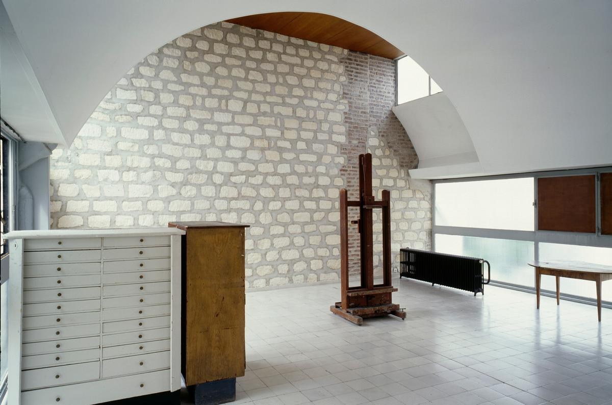Painting studio od Le Corbusier, Molitor / FLC/ADAGP