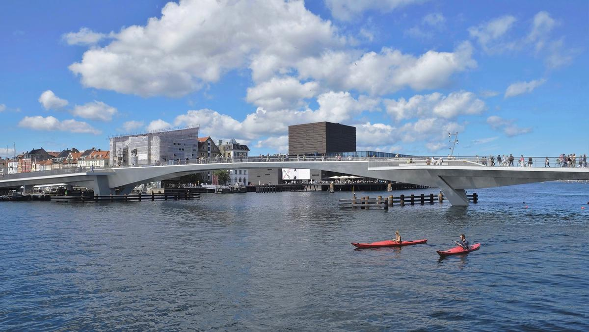 The bridge is the key component of a scheme to link the two parts of Copenhagen separated by the port, creating new pedestrian and traffic links / Studio Bednarski