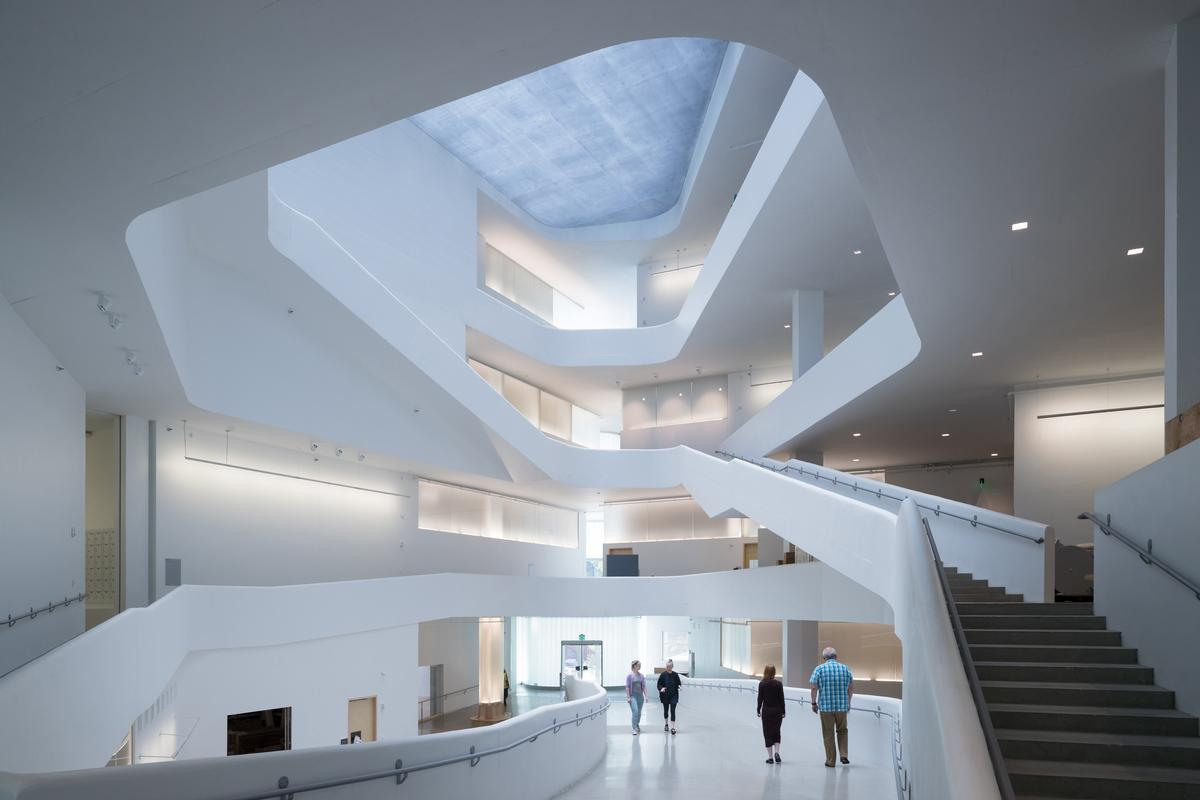 Steven Holl is acclaimed for his use of daylight / Steven Holl Architects