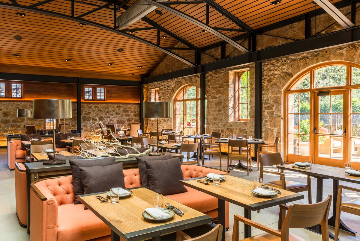 The winery's leisure facilities now include California-inspired yakitori restaurant Two Birds One Stone, led by acclaimed chefs Sang Yoon and Douglas Kean / Jay Graham