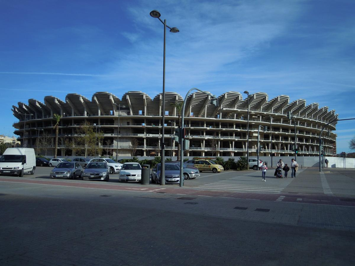 Valencia's Nou Mestalla is currently an unfinished concrete shell / Wiki Commons