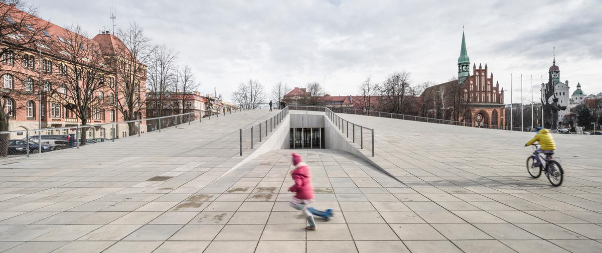The culture category was won by Polish architects Robert Konieczny KWK Promes for their National Museum and Dialogue Centre in Szczecin / WAF