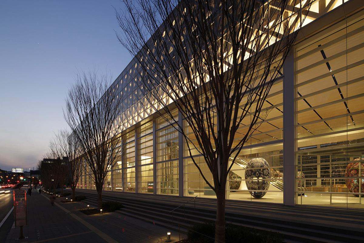 Pritzker Architecture Prize recipient Shigeru Ban designed the museum / Shigeru Ban Architects