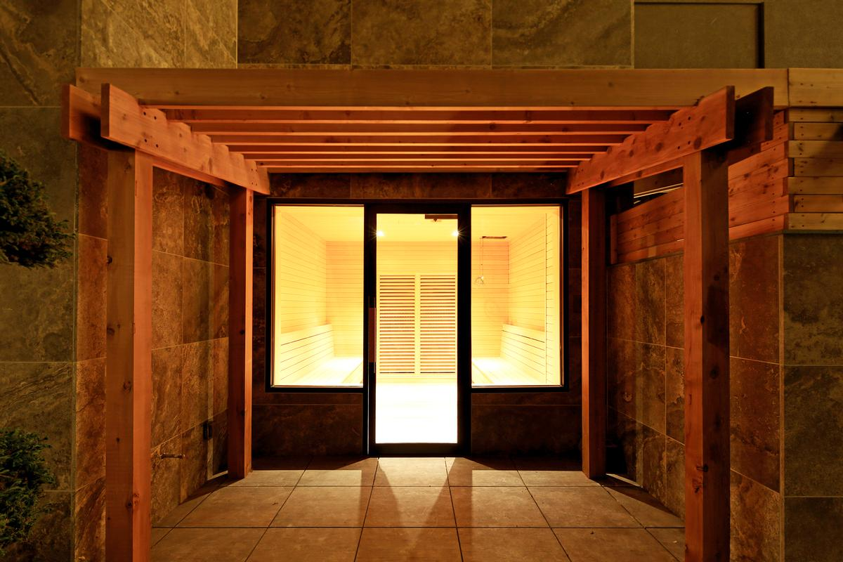 Guests can enjoy a variety of unique soothing sauna rooms including red clay, white clay, far-infrared, and charcoal