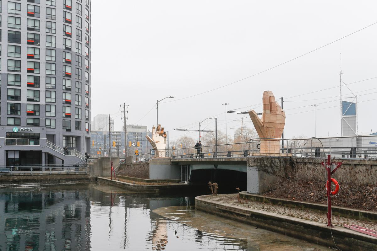 Large Scale Art Hands Up Large Scale Art Installations Warm Up Torontos Winter
