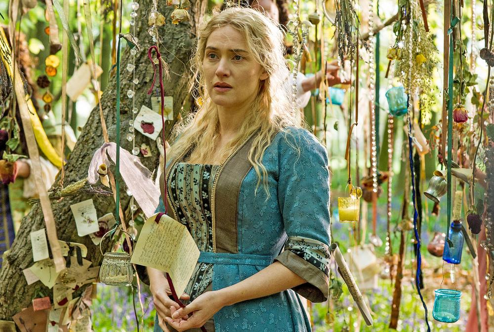 Kate Winslet plays landscape architect Sabine de Barra in A Little Chaos (2014) / PHOTO: BBC FILMS