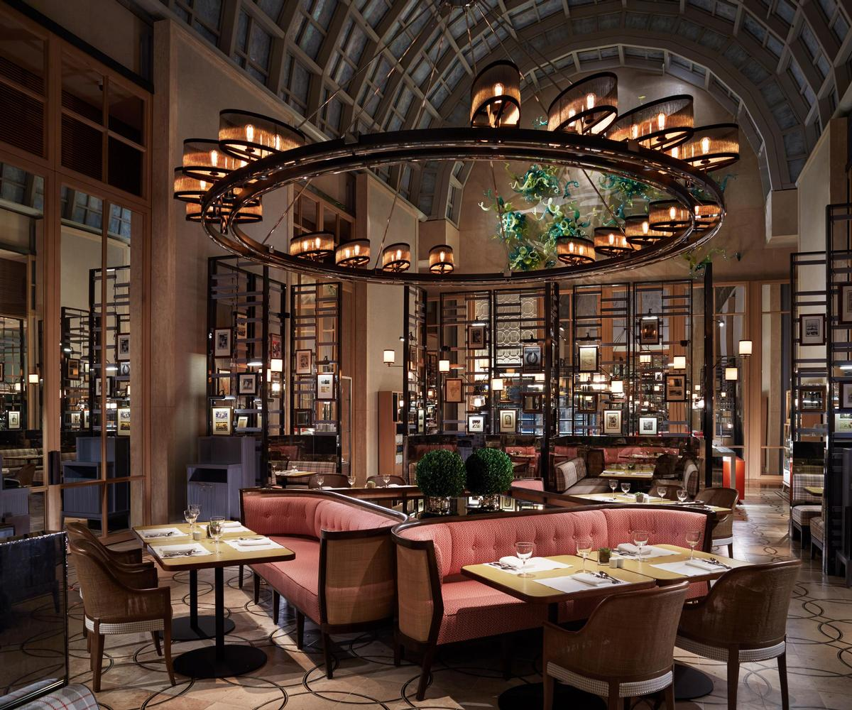 Colony at The Ritz-Carlton Millenia, Singapore, designed by Tony Chi and DP Architects / AHEAD