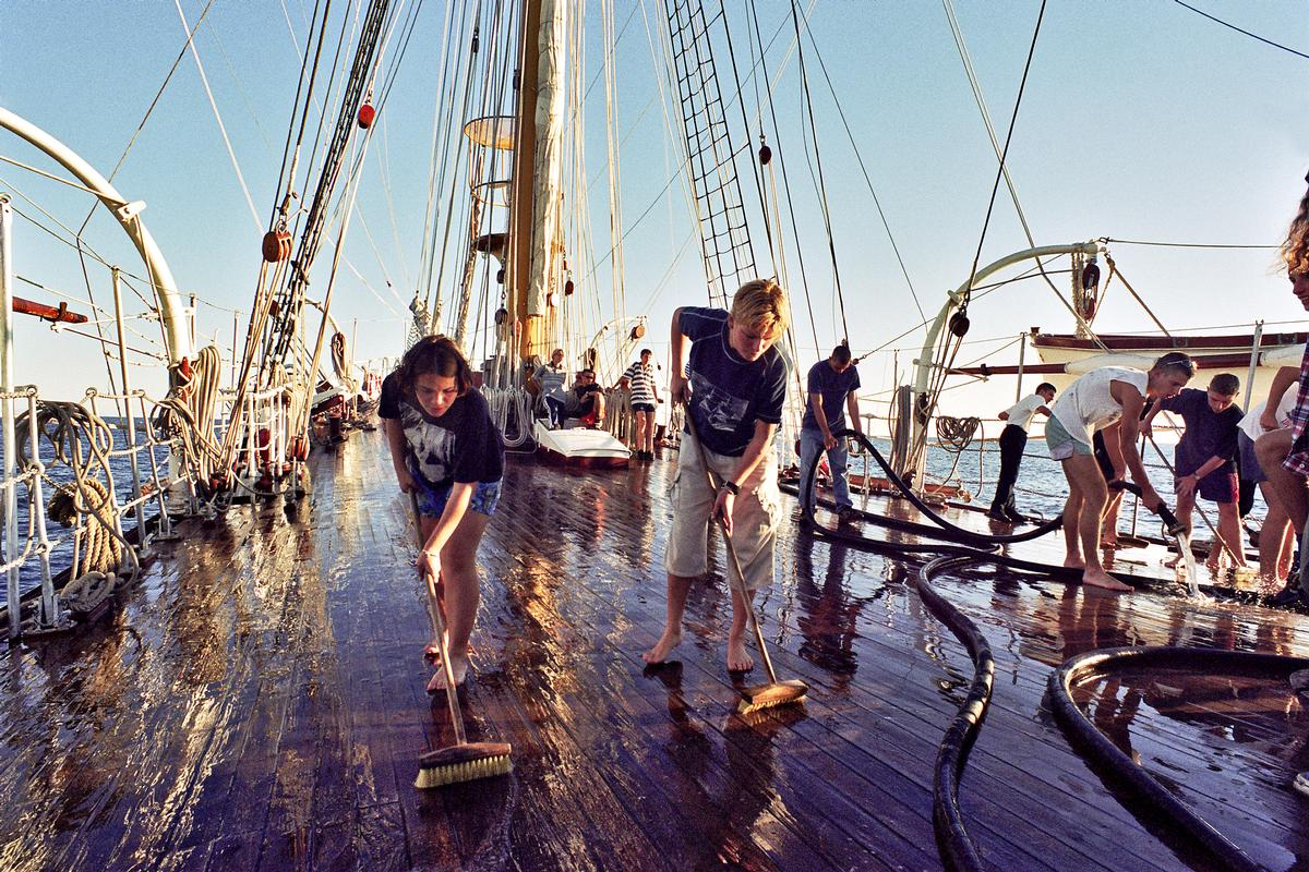 Young novices working on historic ships are among those included in training schemes for Skills for the Future / Shutterstock