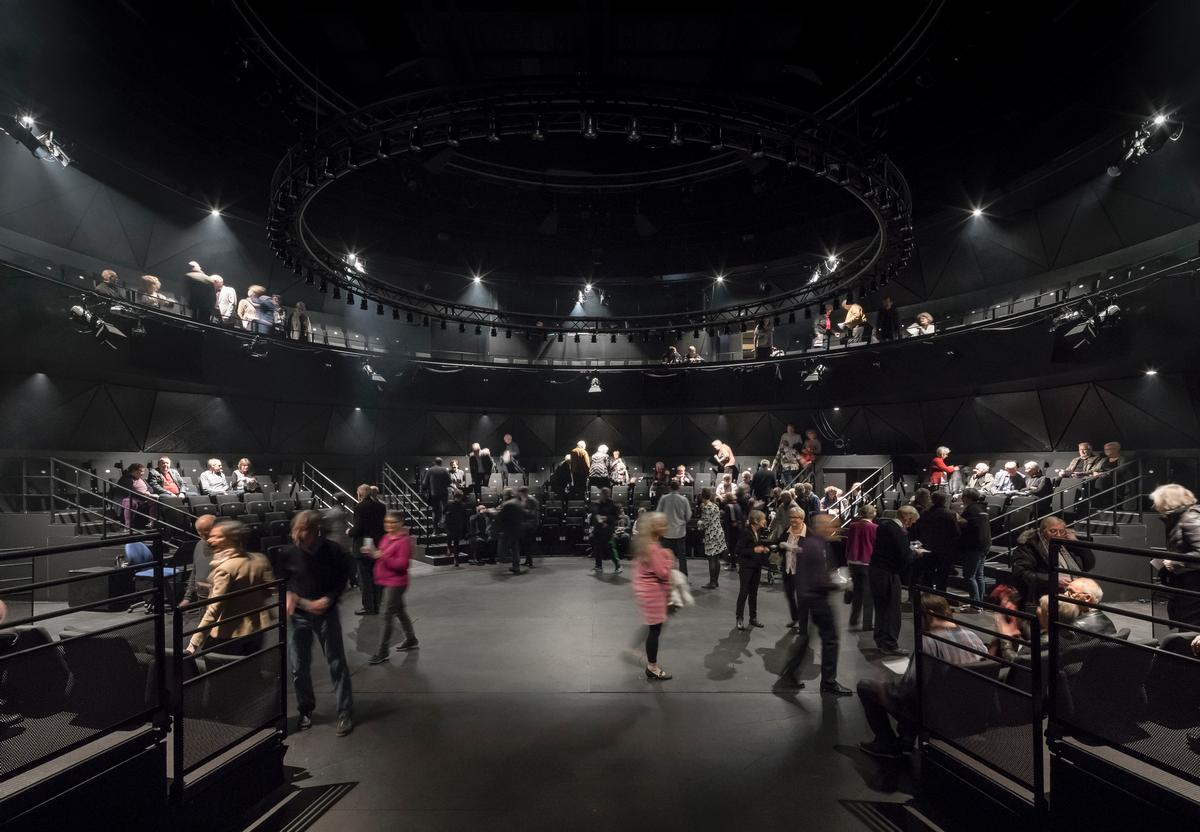 Different theatre types in the complex add flexibility for performing companies / Adam Mørk