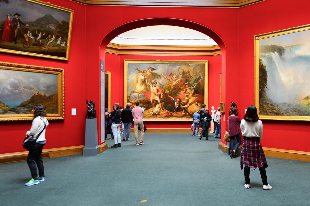The Scottish National Gallery - one of many attractions in Scotland to experience a rise in visitor numbers / Shutterstock / Anton_Ivanov