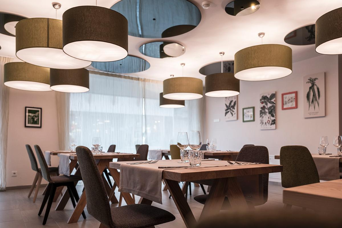 Lounges and restaurants featured throughout / noa*