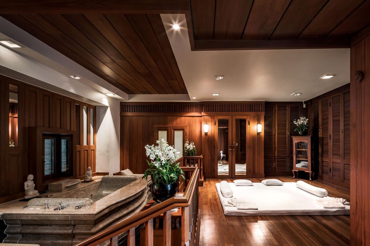 chapman taylor complete remodelling of bangkok s mandarin. Black Bedroom Furniture Sets. Home Design Ideas