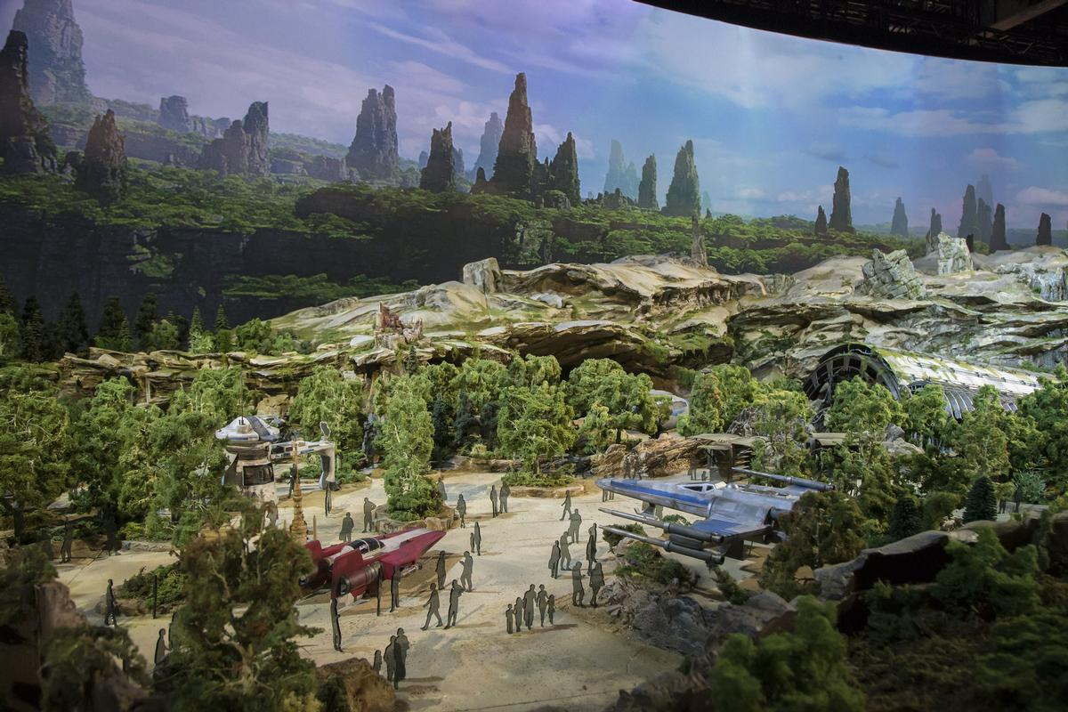 The concept is based on a remote trading port in outer space / Disney Parks