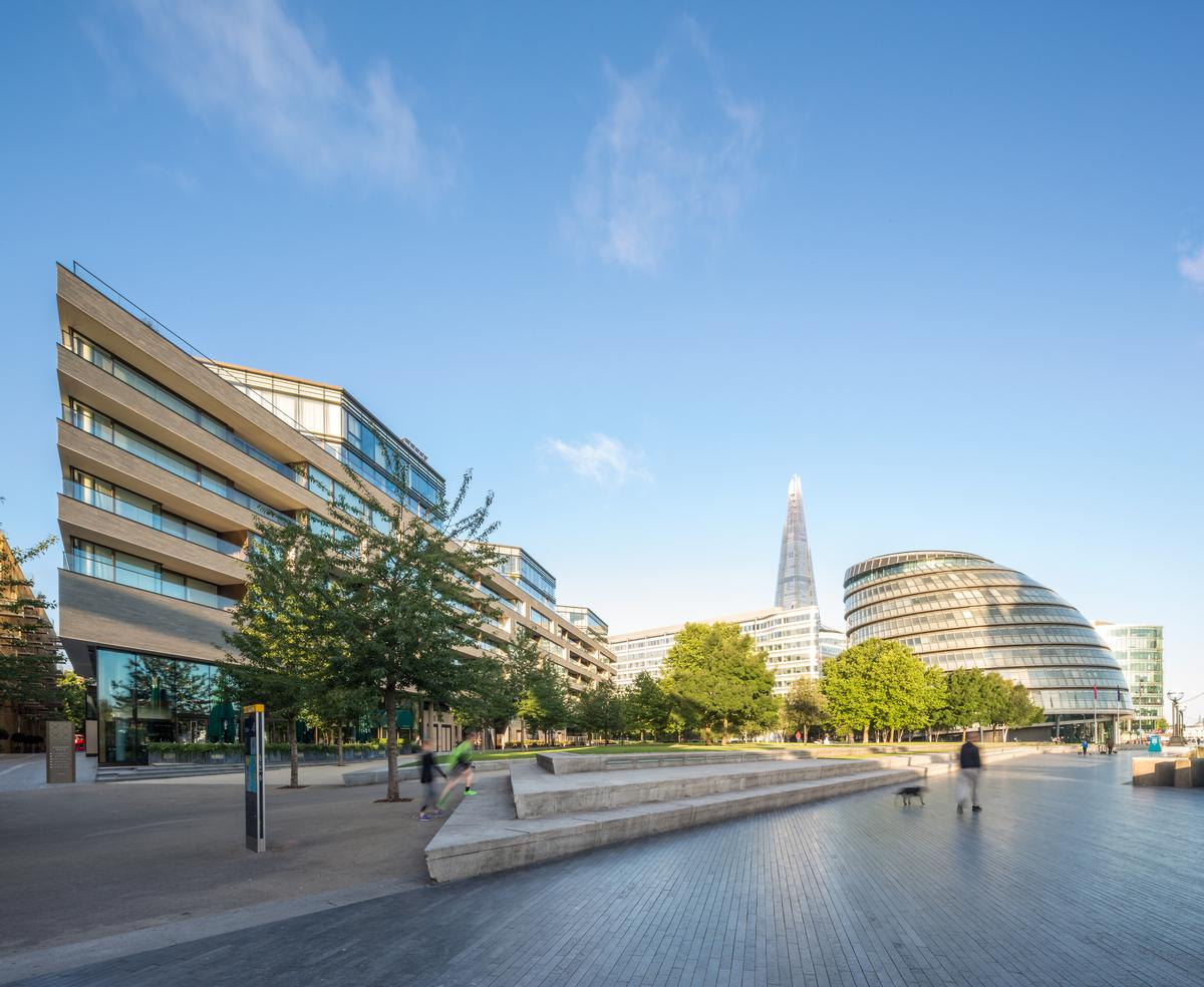 Designed by architects Squire and Partners, One Tower Bridge has a prominent riverside location on Potters Fields Park / James Jones