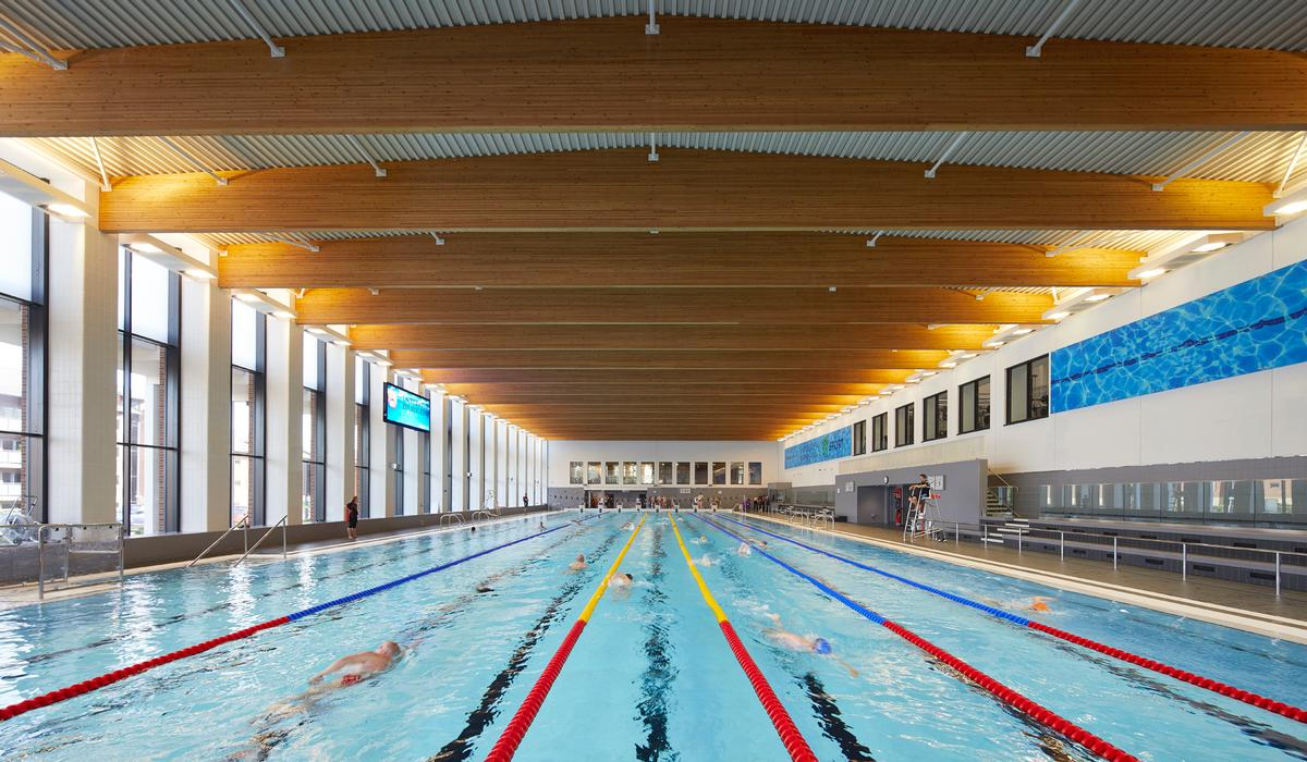 The centre, which is open to students, academics and the public, includes the city's first Olympic-standard swimming pool / Hufton + Crow