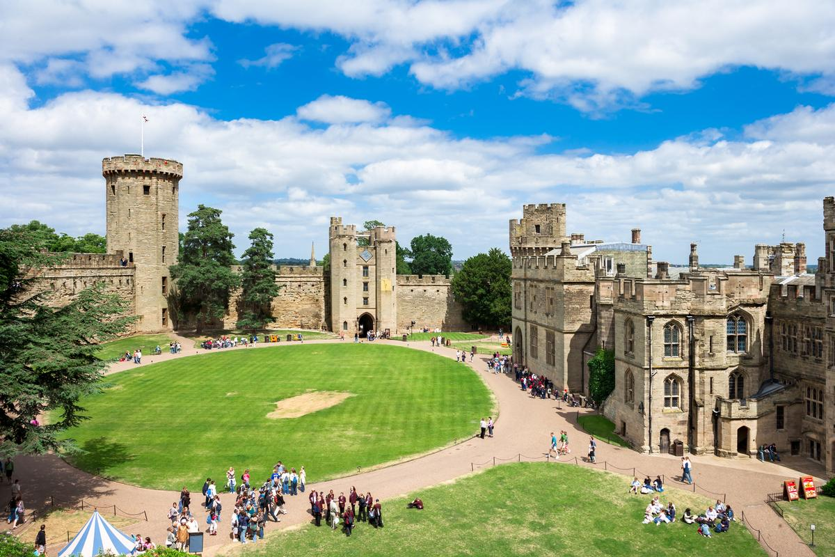 Warwick Castle Set For 80 Bed Hotel As Merlin Submits 10