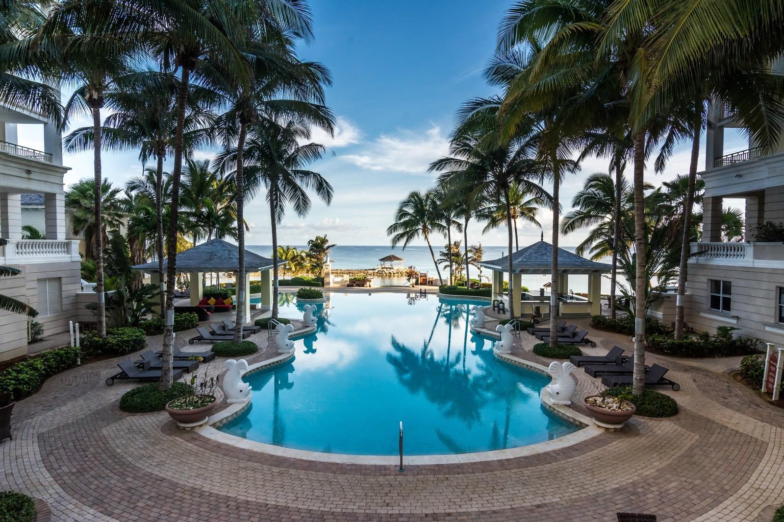 Montego Bay Resort With Jewel Grande Spa Opens In Jamaica