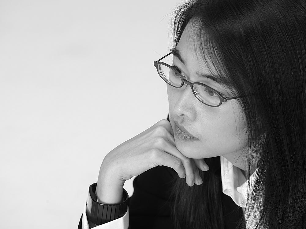 Rossana Hu studied at the University of California at Berkeley, where she met Lyndon Neri