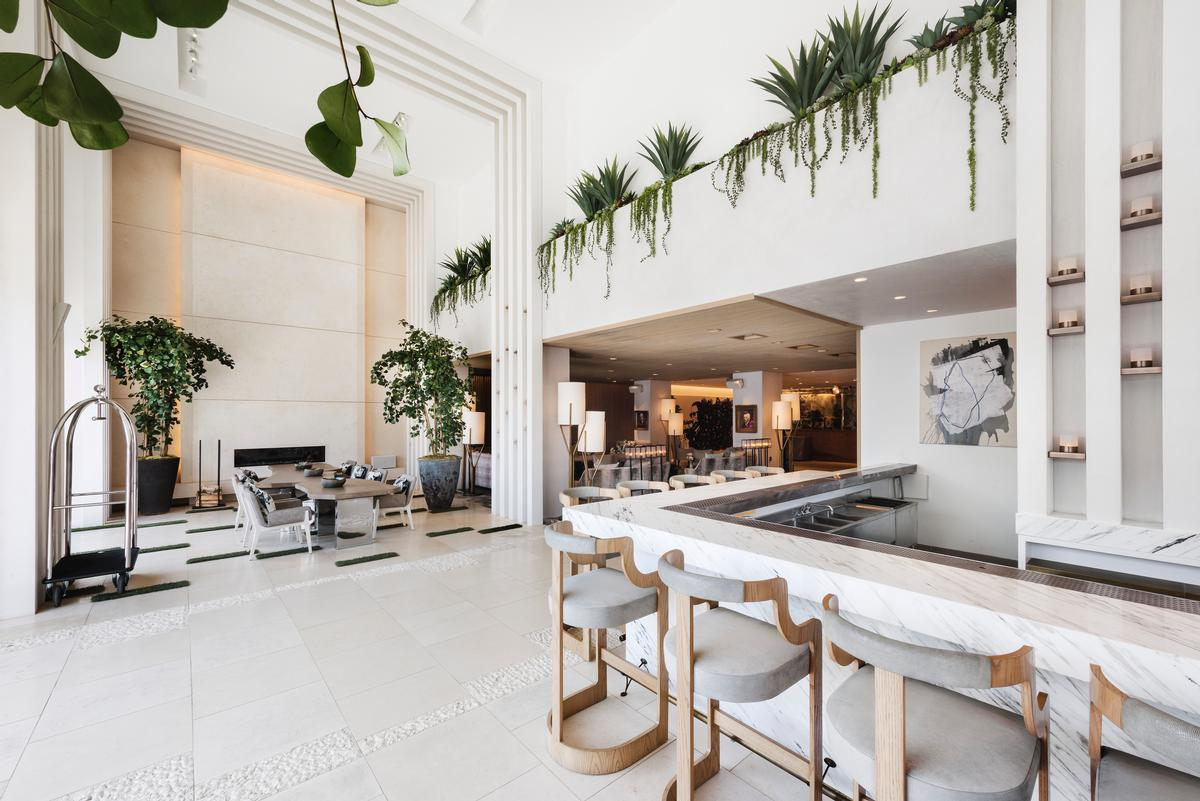 A strong visual connection has been created between the indoor and outdoor areas / Emily Andrews