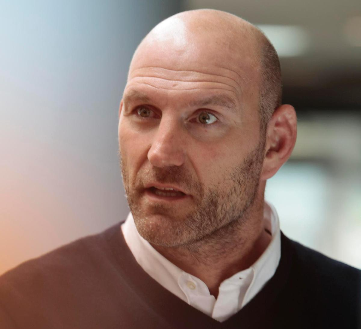 Lawrence Dallaglio called on the health and fitness industry to come up with a major campaign to boost activity among young people, but said government had to act now on education