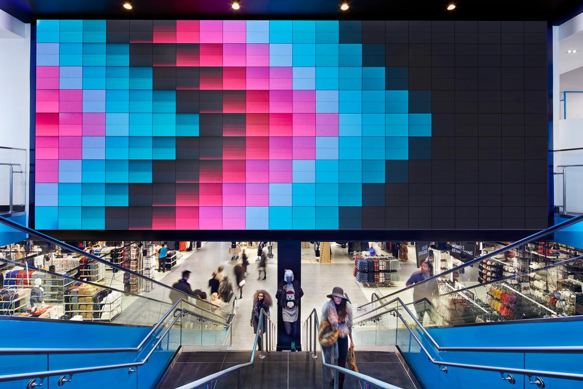 Gensler found that people are 10 times more likely to share their in-store experiences on social media if those stores have unique design features / John Muggenborg