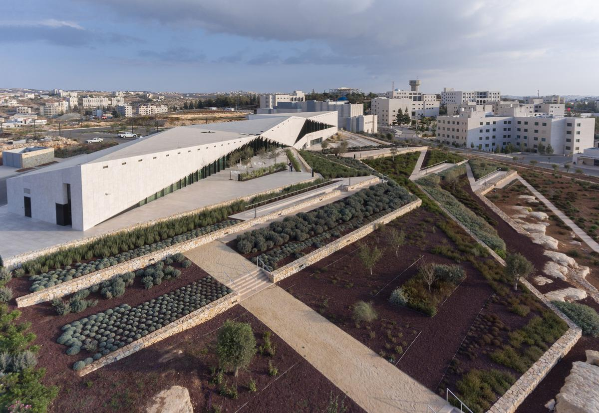 The Culture category, which consisted of 15 completed projects, was won by Heneghan Peng Architects for the Palestinian Museum / WAF