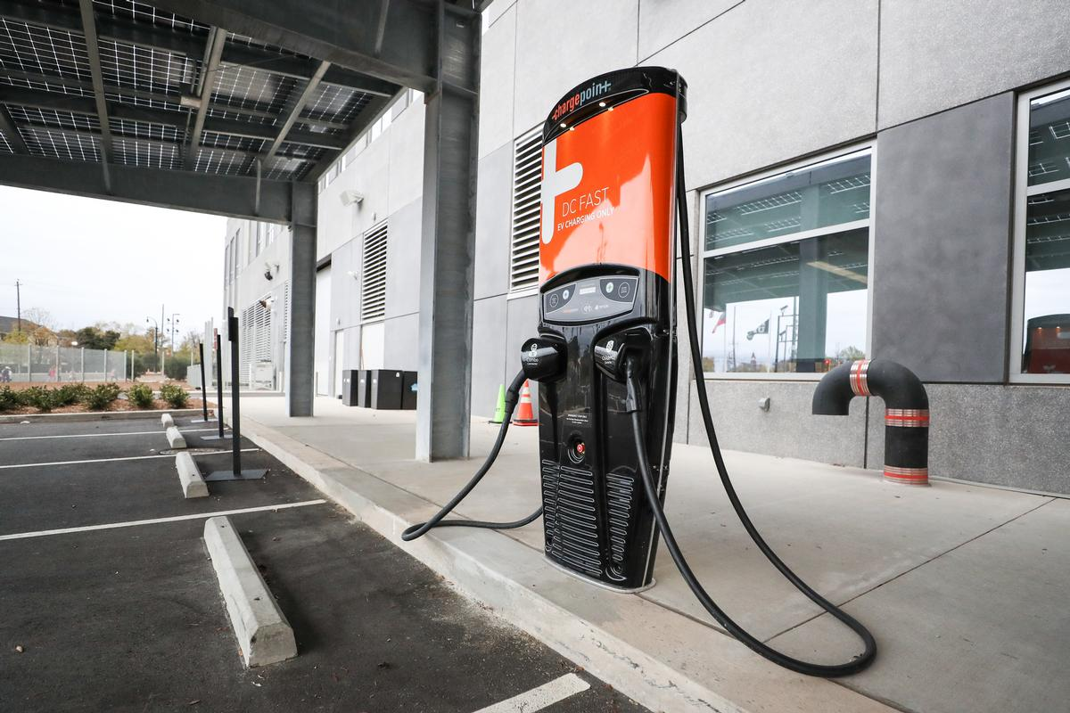 Stadium parking includes EV charging stations for up to 48 electric cars / HOK