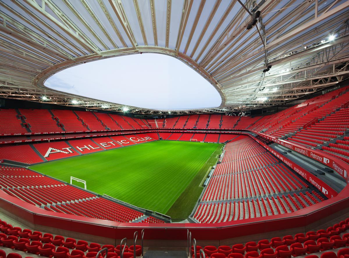 The San Mames stadium in Bilbao won the Award for Long Span Structures / IDIOM