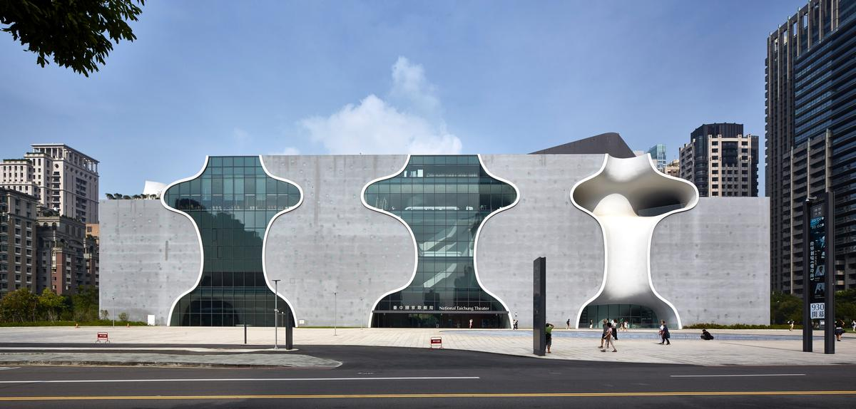 Toyo Ito's Taichung National Theater won the Award for Construction Integration / The Structural Awards