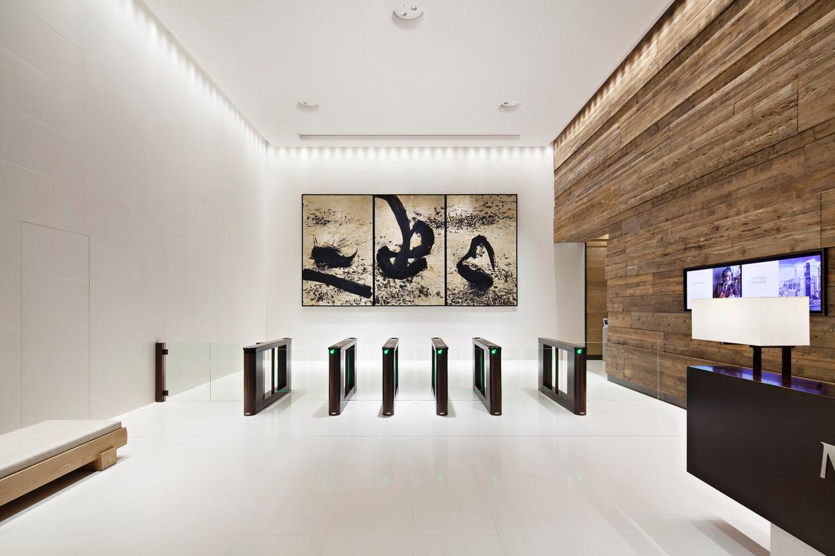 Renowned artists including Qin Feng, Nick Mauss and Alexander Tovborg have installed art work throughout the K11 Atelier tower / New World Development
