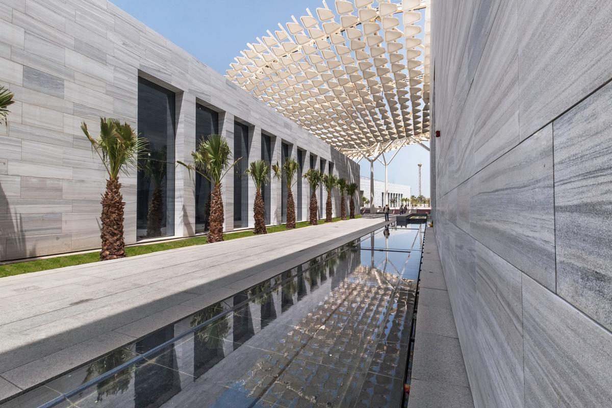 The four museums have been designed to work together and are connected by a shaded 'street' / SSH