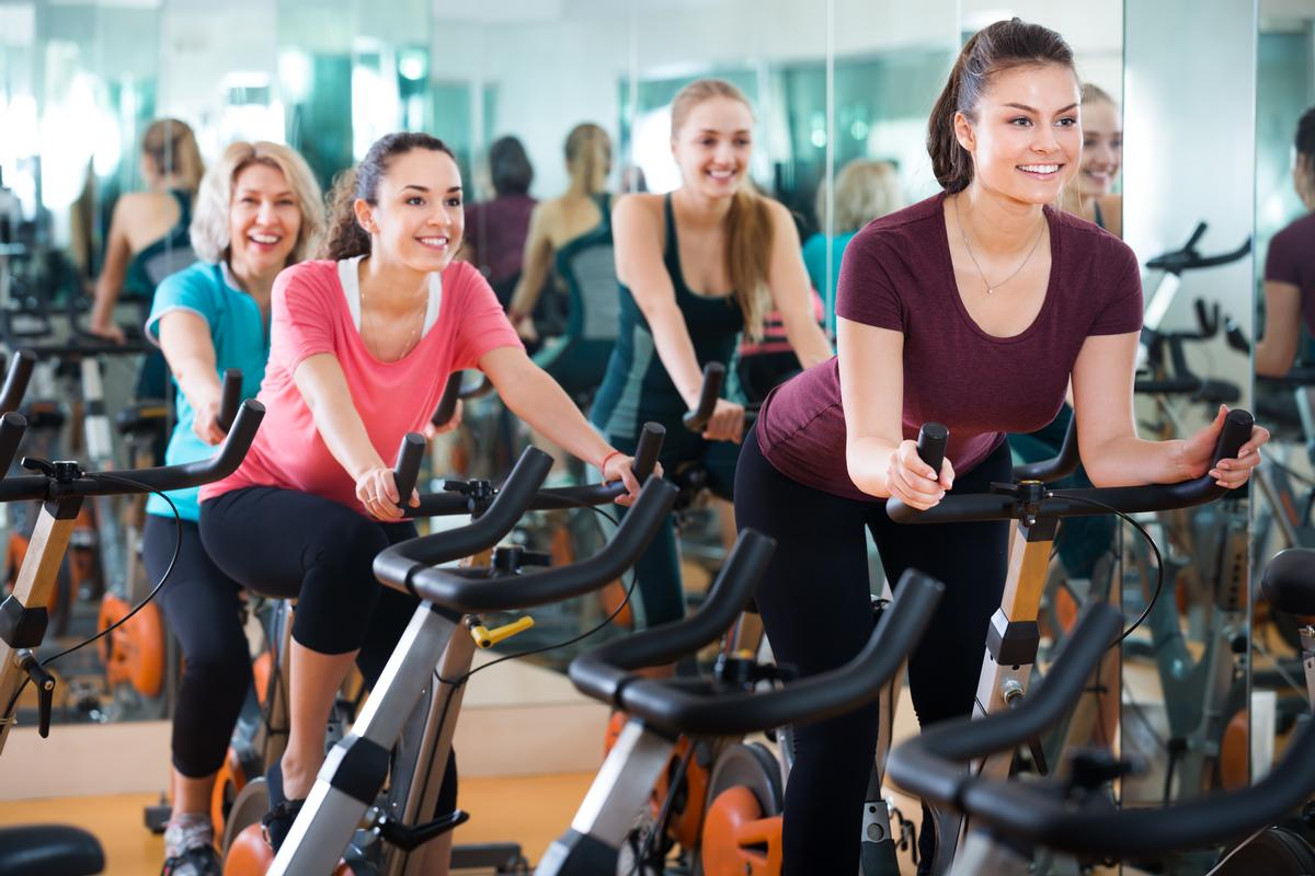 Researchers in Sweden showed that exercise training boosts fat metabolism and strengthens the anti-inflammatory properties of the immune system / Shutterstock