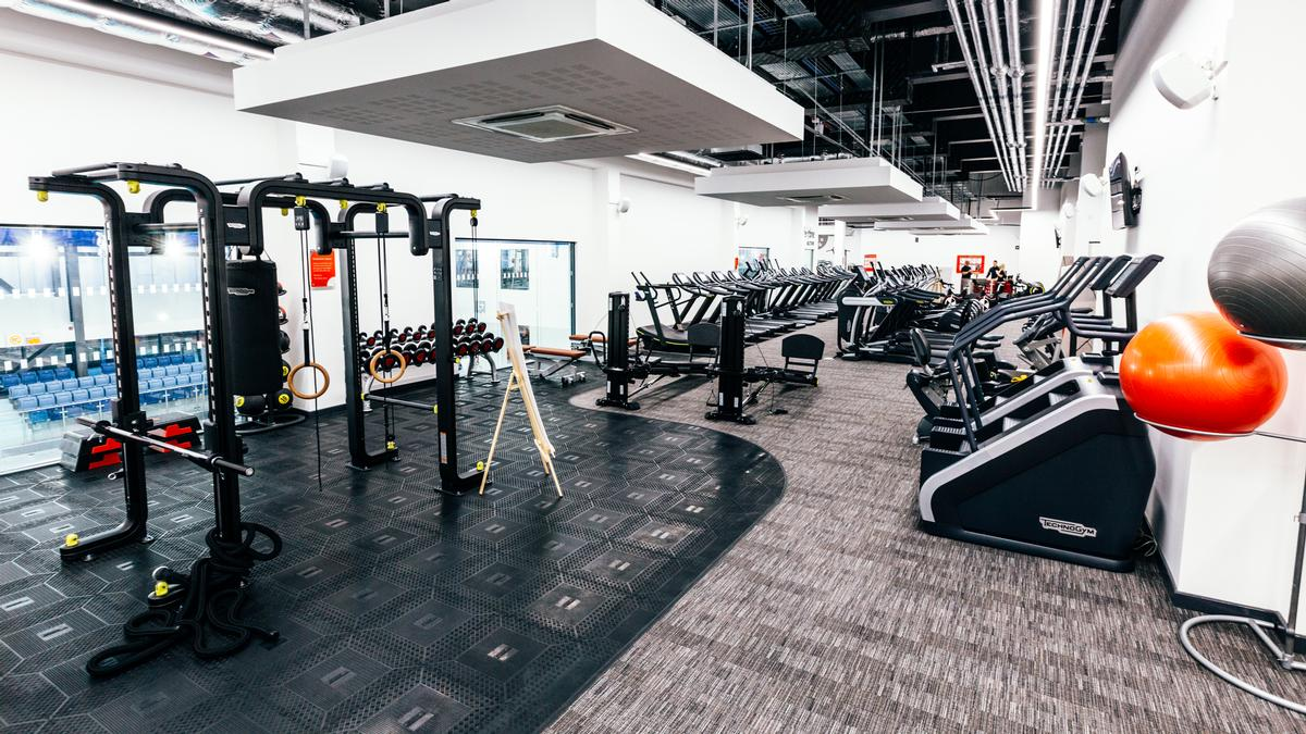 The gym is stocked with 100 pieces of equipment and there are also group exercise studios / Everyone Active
