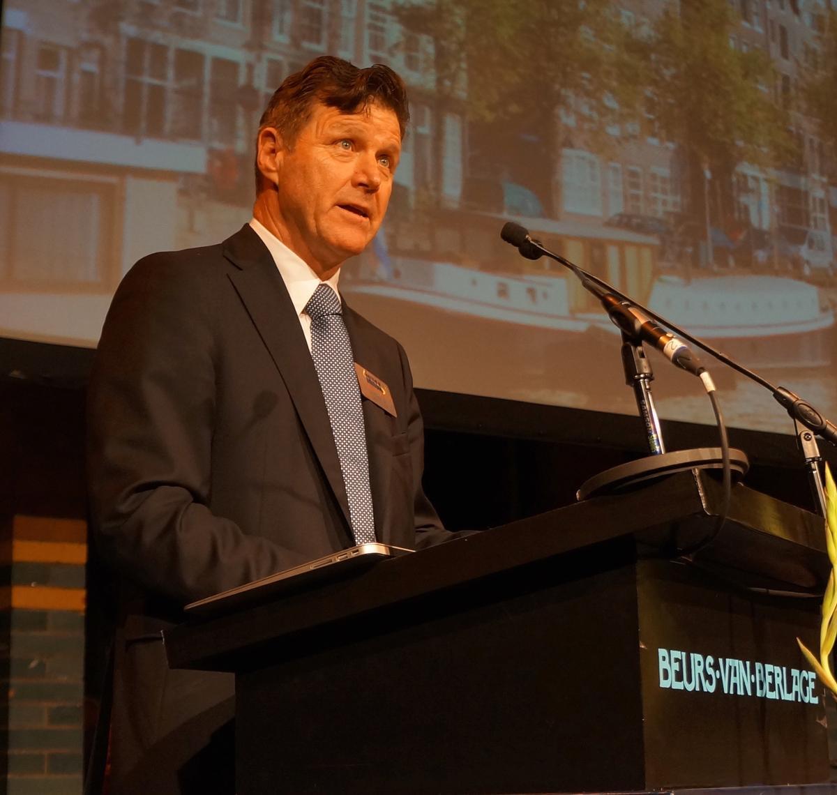 Hans Muench speaking at the 2014 IHRSA European Congress in Amsterdam / IHRSA