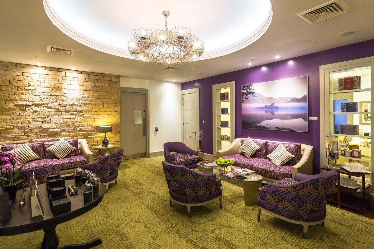 Designed By Sedley Place The Spa Features 13 Treatment Rooms Including Two Couples As Well Wet Offering Kohler Bathing