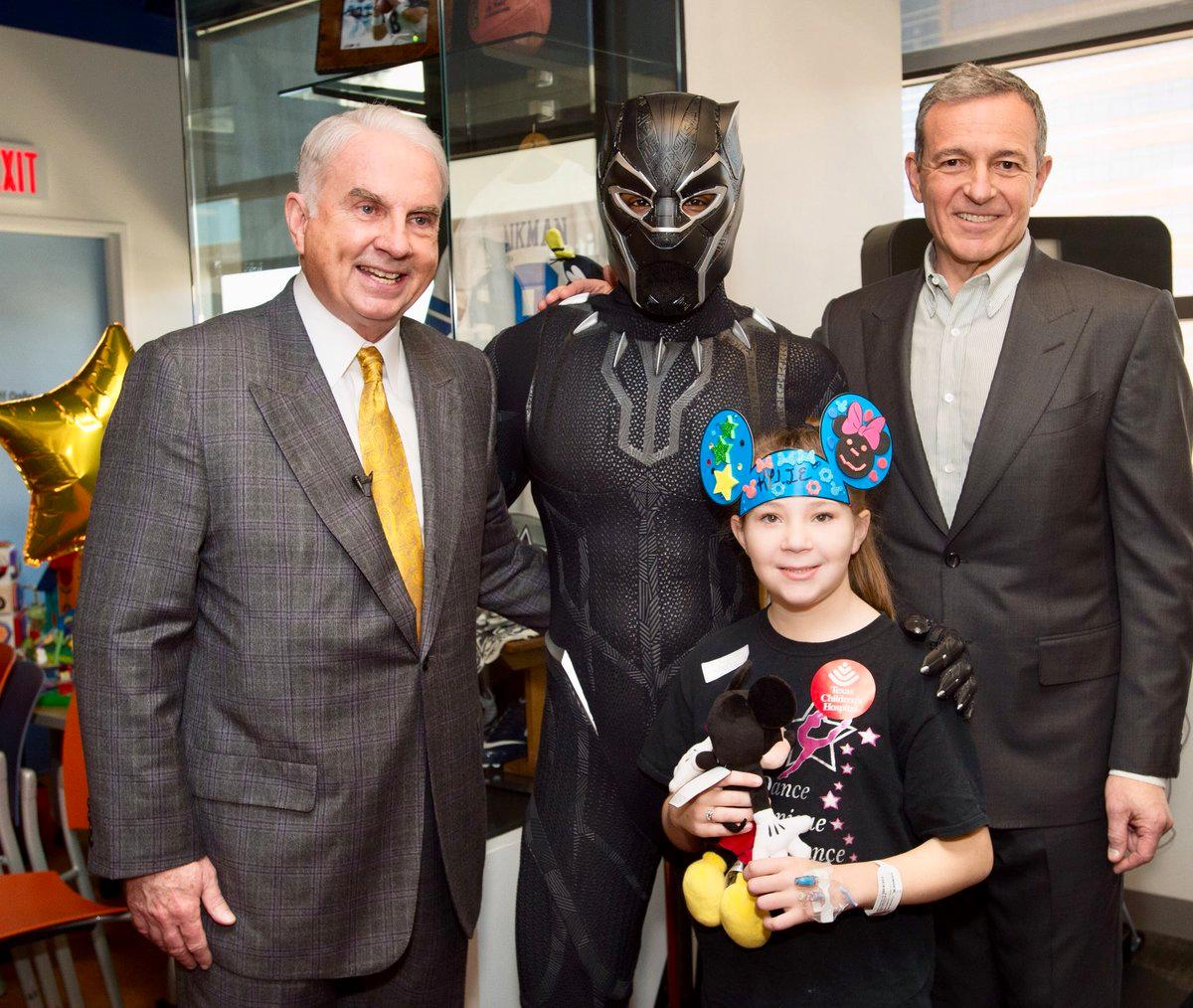 Bob Iger (right) With Black Panther and Mark Wallace (left) Texas Children's Hospital / Disney