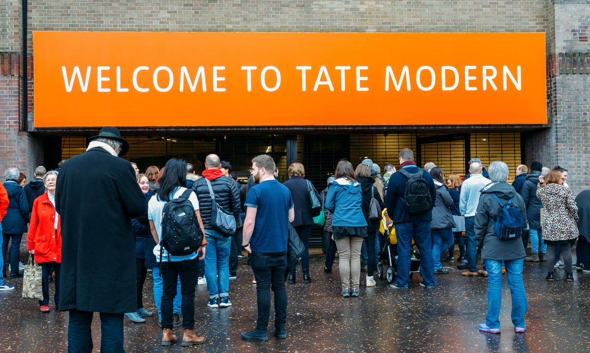 Tate Modern climbs one place to second in the list as 5.65 million people came through its doors in 2017 / Shutterstock.com