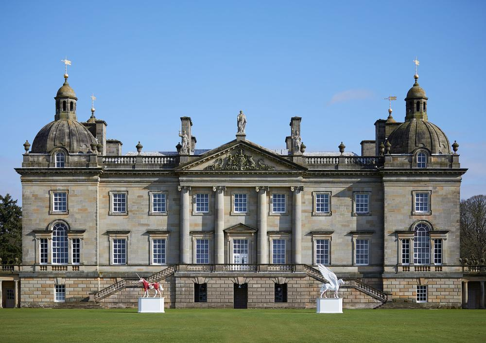 Myth and Legend outside Houghton Hall / Damien Hirst & Science Ltd/DACS 2018/Pete Huggins