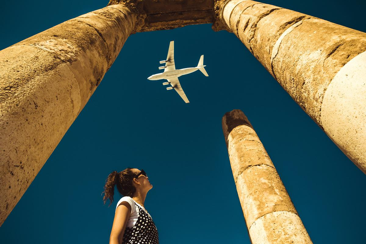 The study takes into account not only flights, but also tourist activities