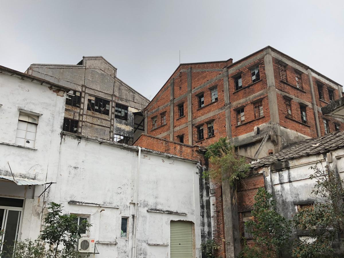 The Hongqi Zhen Sugar Factory closed its doors in 2003 / Woods Bagot