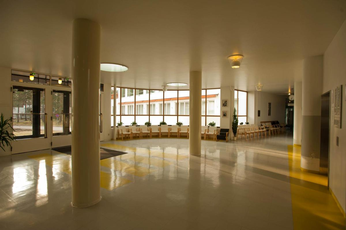 The Functionalist building has been nominated to become a UNESCO World Heritage Site / Wiki Commons