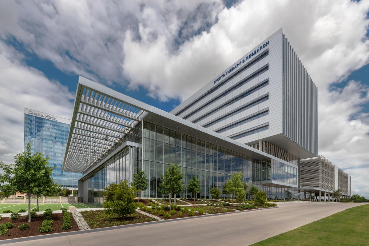 The complex an educational opportunity for visitors as well as a healthcare destination for recreational and professional athletes, including the Dallas Cowboys / James Steinkamp