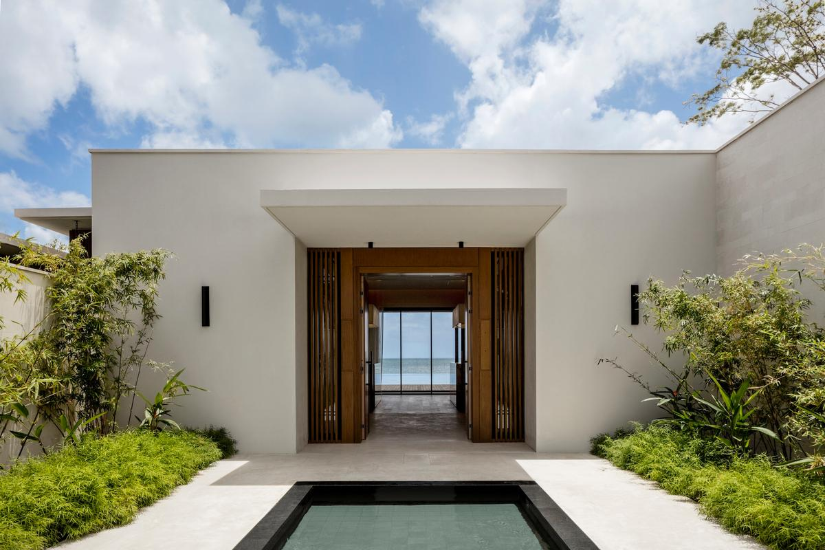The resort's aesthetic blends authenticity, nature, luxury and modernity, and has been designed to showcase the sea views