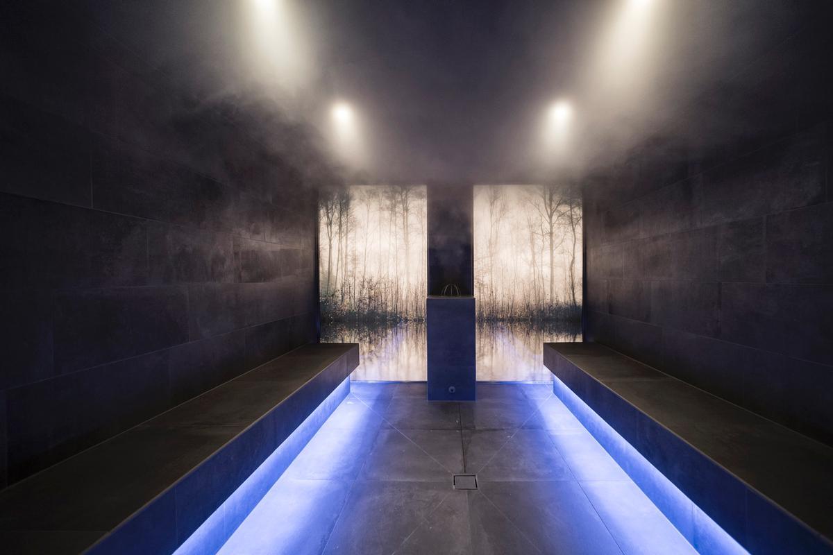 The hotel features a wellness area replete with a sauna / Alex Filz
