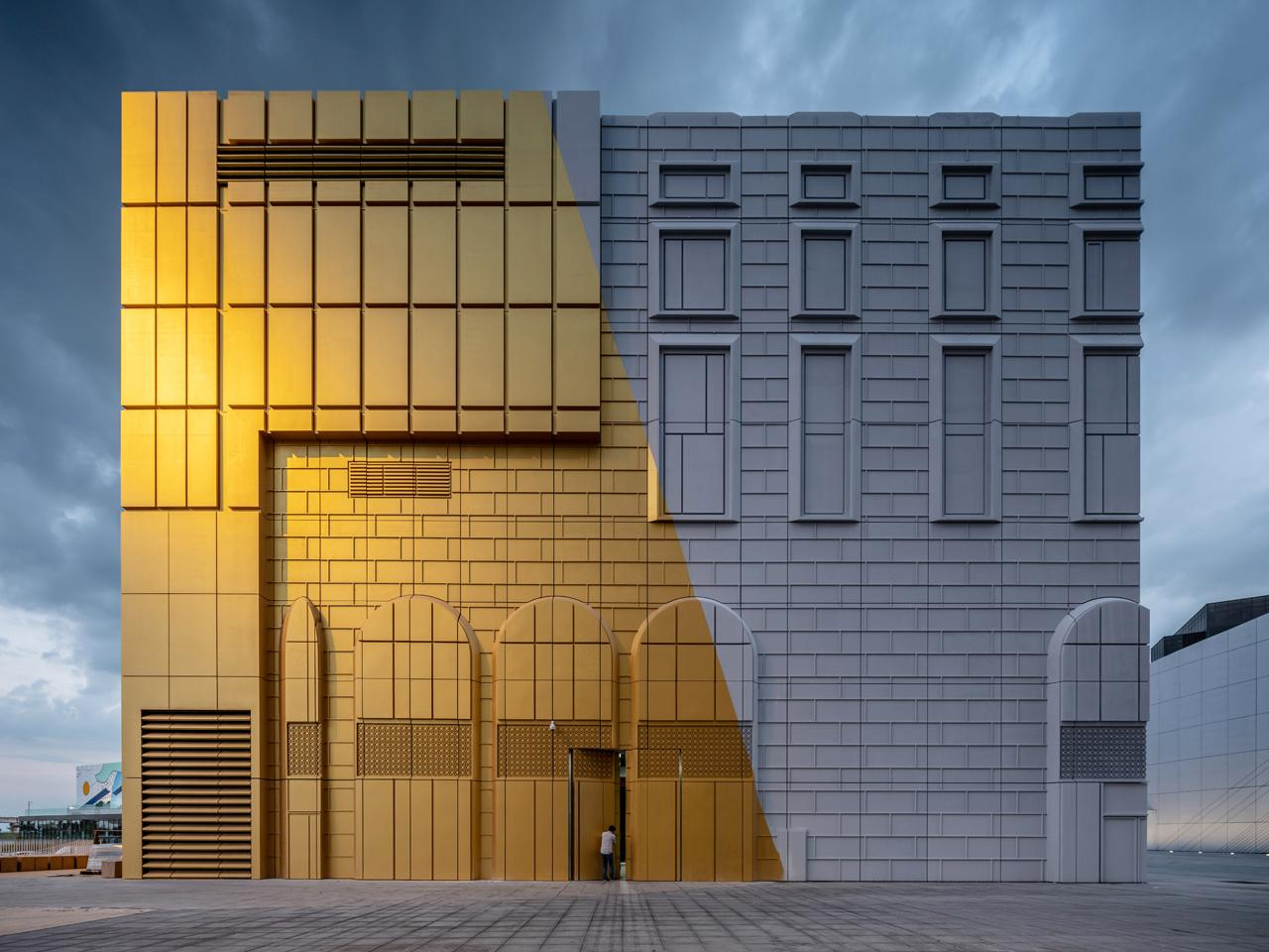 A photograph displaying the Imprint's multi-coloured façade / courtesy of MVRDV