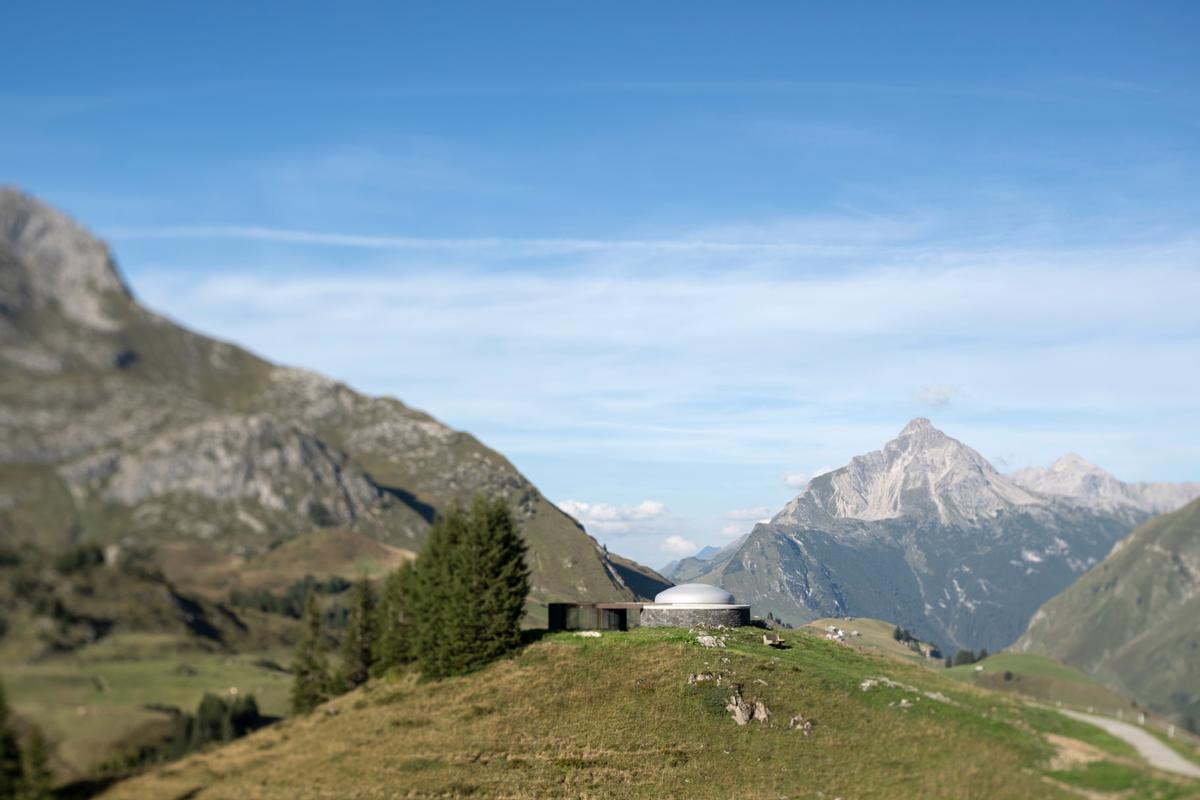 Skyspace: Lech is located near the mountain station of the Schlosskopfbah / Photo by Florian Holzherr, courtesy of James Turrell