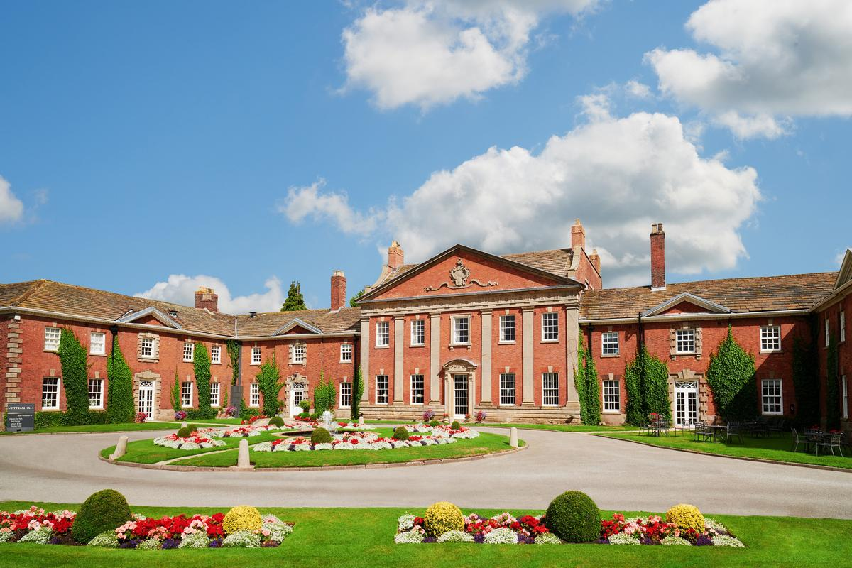 Champneys intends to turn the property into a luxury spa resort, with plans including a 20m swimming pool and 18 new treatment rooms